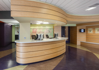 View of the reception desk from the juice bar